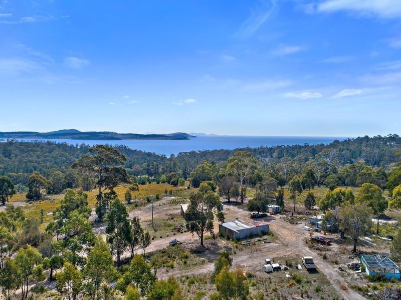 110 Happy Valley Road, Spring Beach TAS 7190