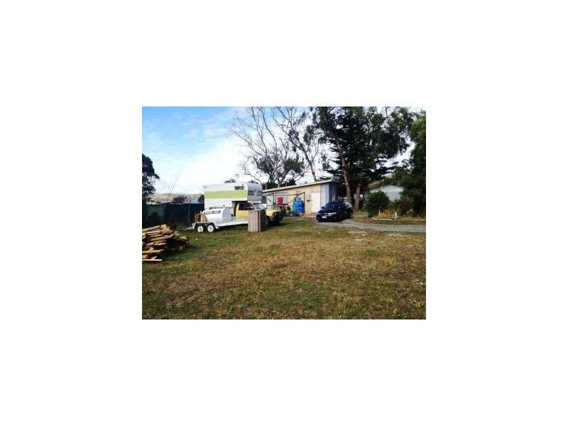 138 Bay Road, Boomer Bay TAS 7177
