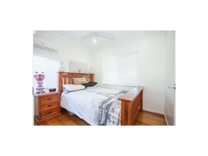 44 Pratt Street, South Mackay QLD 4740