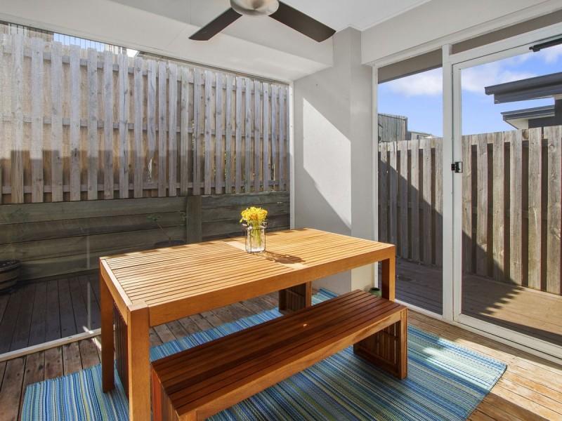9 Gresswell Crescent, Upper Coomera QLD 4209