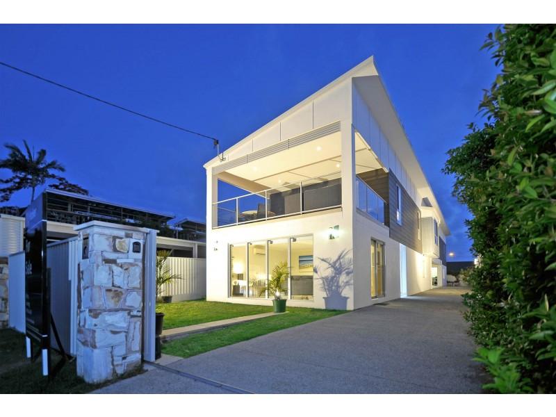 44 Sixth Avenue, Palm Beach QLD 4221