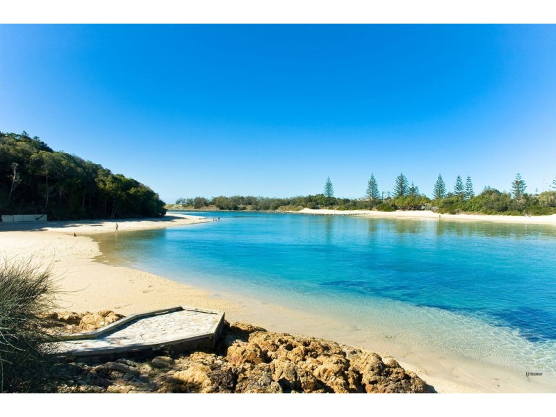 1484 Gold Coast Highway, Palm Beach QLD 4221