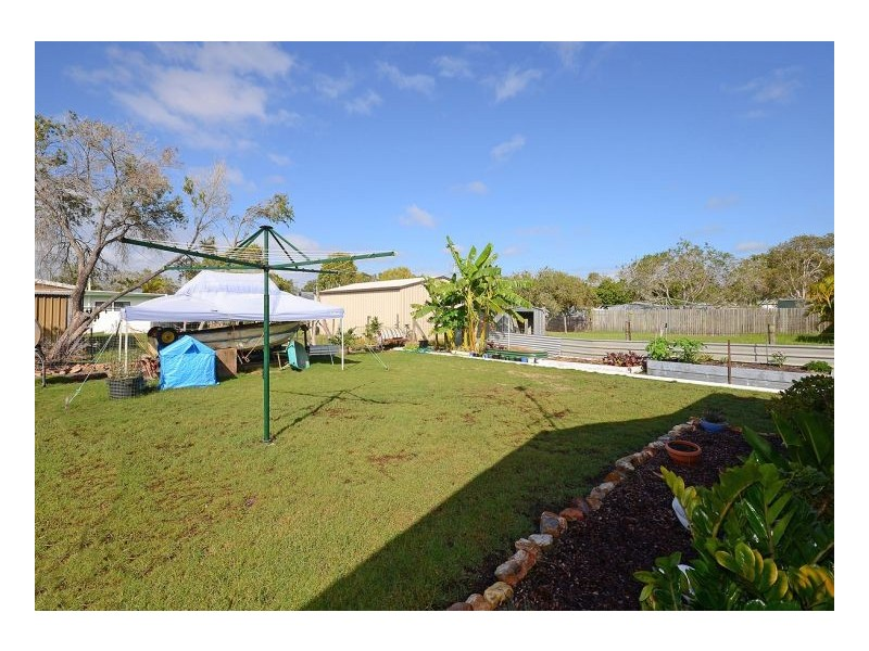 19 White Street, Point Vernon QLD 4655