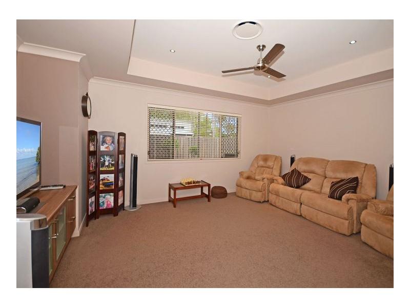 26 Parraweena Court, Point Vernon QLD 4655