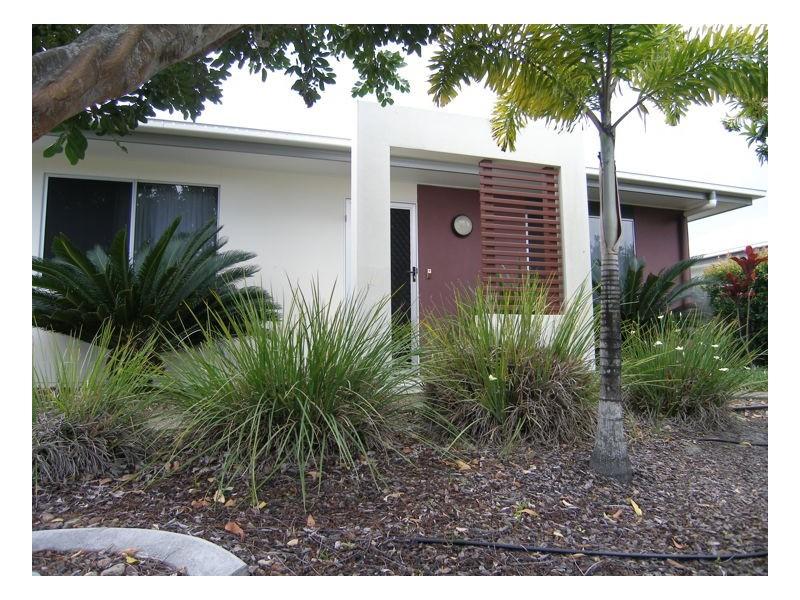 33/230 Pulgul Street, Urangan QLD 4655
