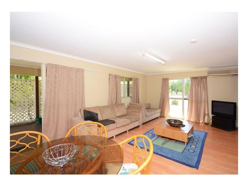 18 Frances Avenue, Booral QLD 4655