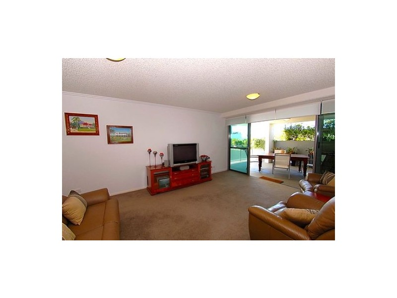 """34 Queen Street """"Linear"""", Kings Beach QLD 4551"""