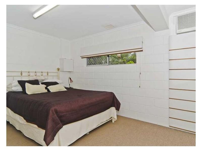 22 Dandenong Street, Burnside QLD 4560