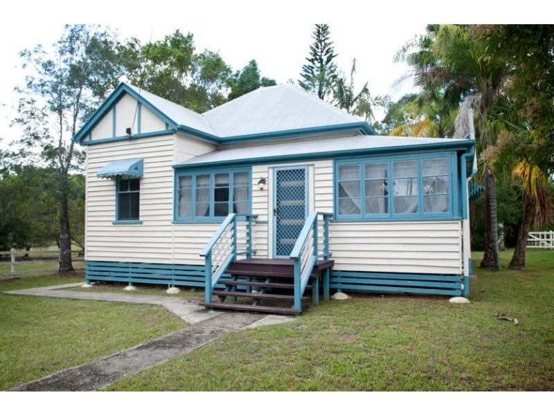 54 Farrell St, Yandina QLD 4561