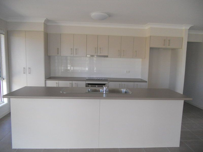 3 Beachwood Place, Peregian Springs QLD 4573