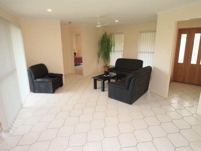 53 Dixon Drive, Telina QLD 4680