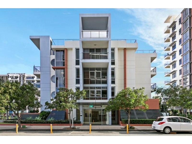 614/3 Como Crescent, Southport QLD 4215