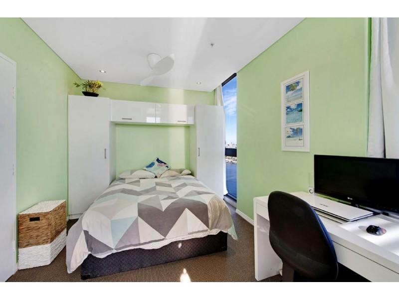 2801/4 Como Crescent, Southport QLD 4215