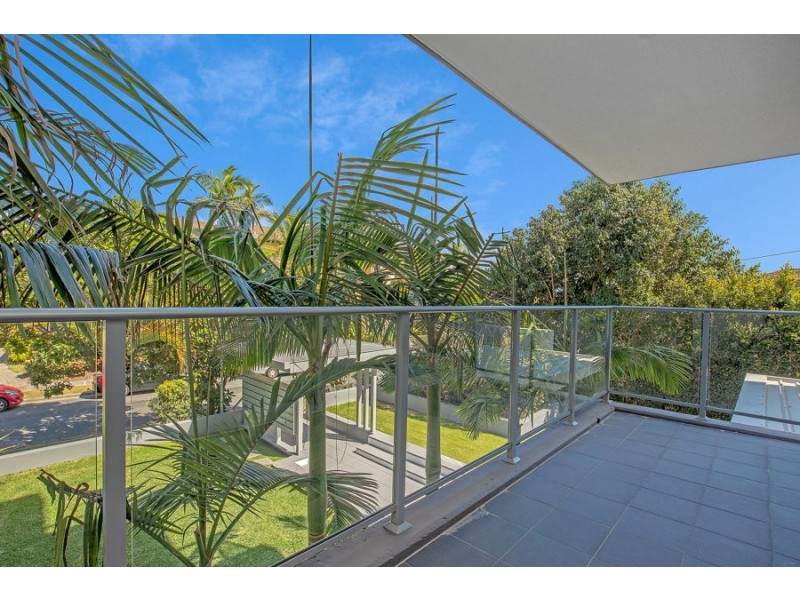 201/33-37 Madang Crescent, Runaway Bay QLD 4216