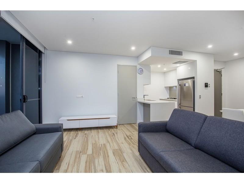 904/2 Como Crescent, Southport QLD 4215