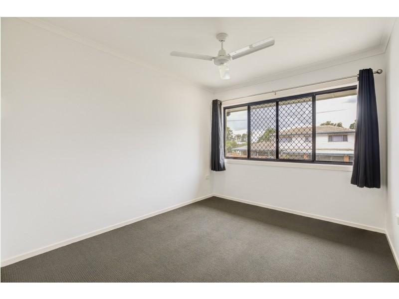 8 Orana Avenue, Southport QLD 4215