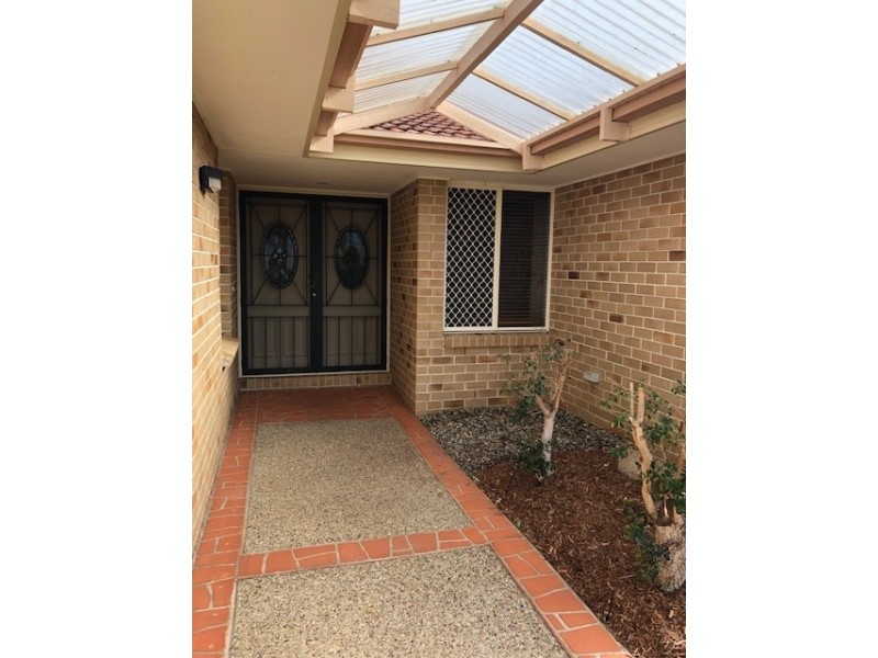 60 Ophelia Cres, Eatons Hill QLD 4037