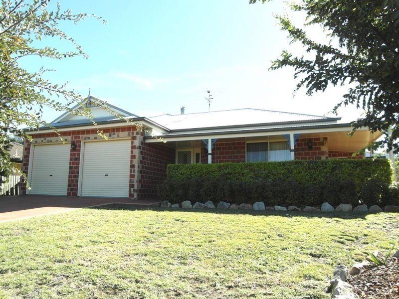 23 Stratford Drive, Wyreema QLD 4352