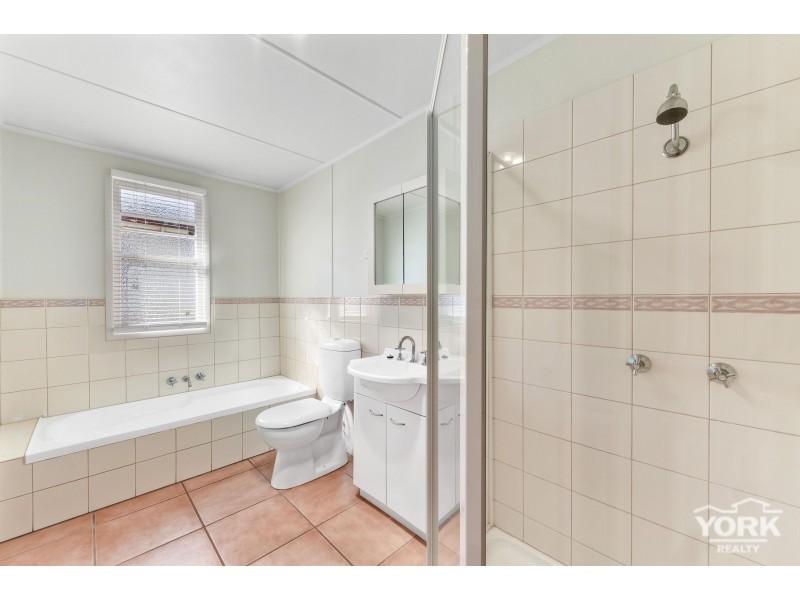 Newtown QLD 4350