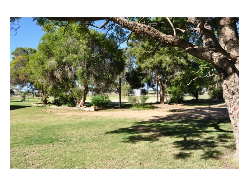 Bernleigh Old Morago Rd, Deniliquin NSW 2710