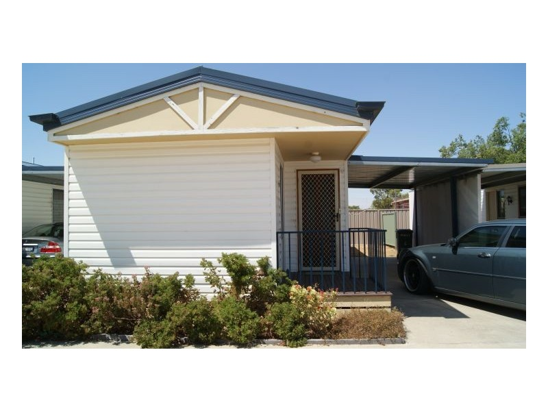 6 / 73 -75 Butler St, Deniliquin NSW 2710