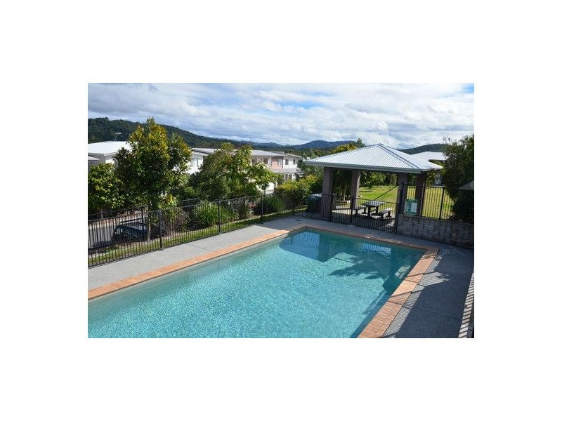 AG/2 Toohey St, Pacific Pines QLD 4211