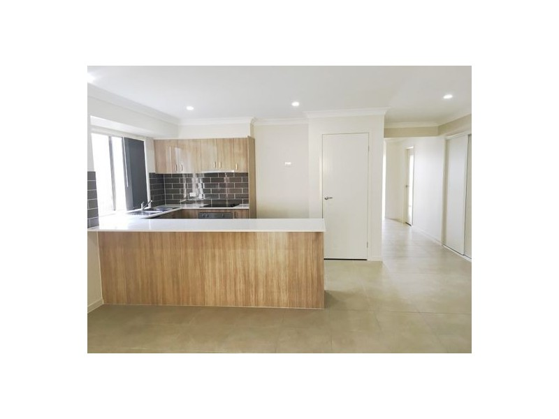 3 Benwerrin street, Pimpama QLD 4209