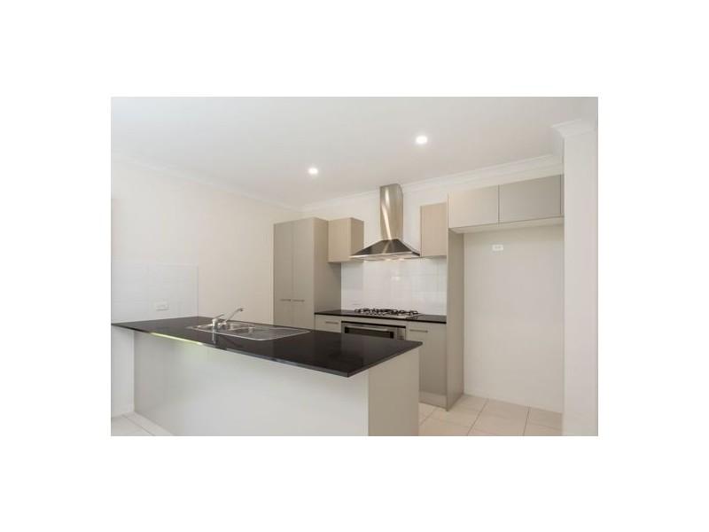 2 Stairway Street, Coomera QLD 4209