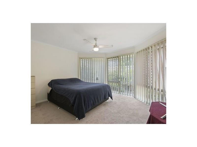 155 Glenfield Street, Parkinson QLD 4115