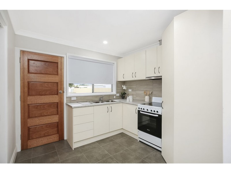 1/1 Nelson Street, Colac VIC 3250
