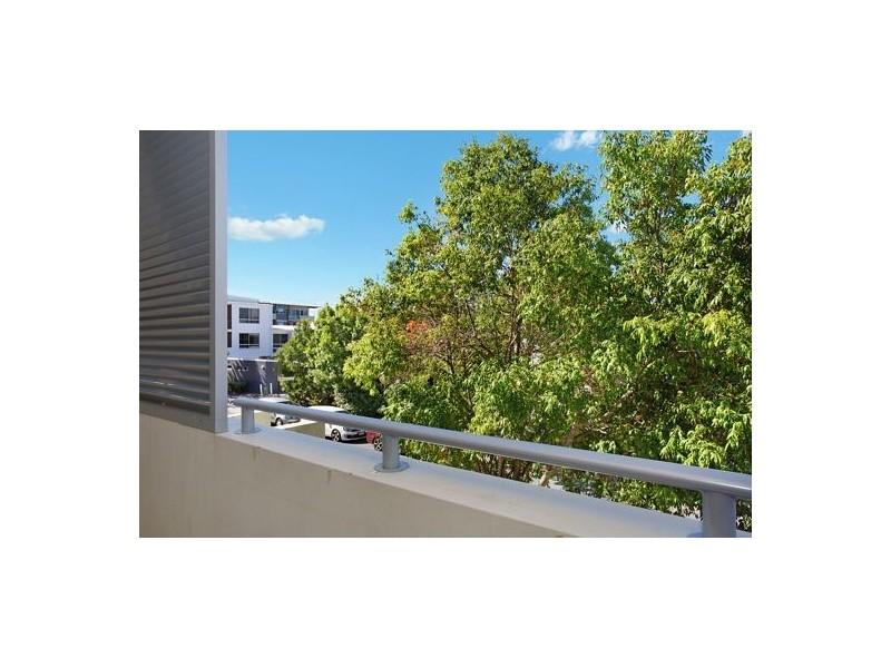 133/1-7 Moores Crescent, Varsity Lakes QLD 4227