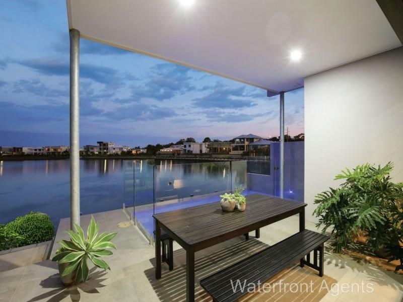 6 Reflection Crescent, Birtinya QLD 4575
