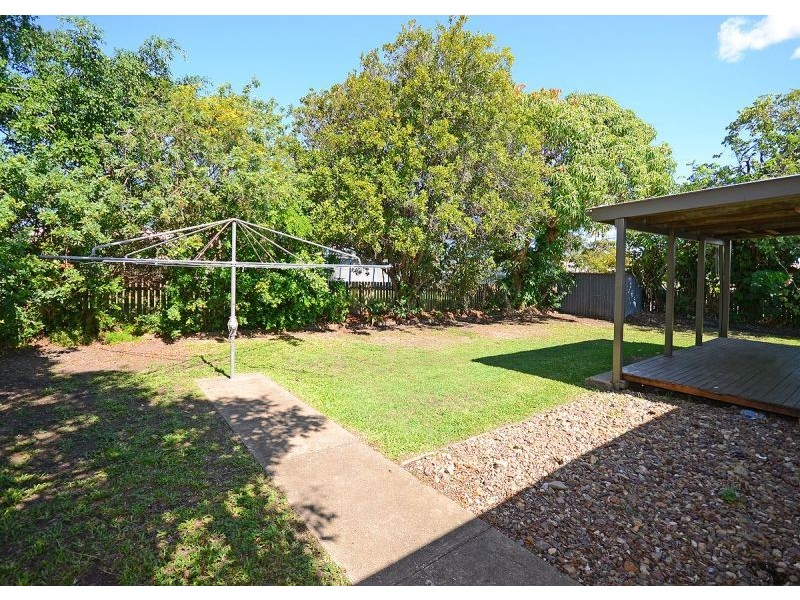 12 Kehlet Street, Point Vernon QLD 4655