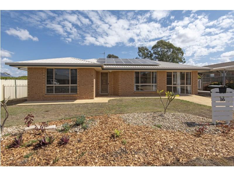 16 McDonald Court, Wyreema QLD 4352