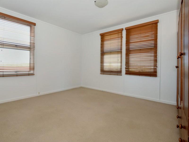 626 Greenwattle Street, Newtown QLD 4350