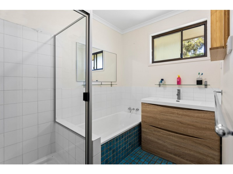 3 Peters Street, Goombungee QLD 4354