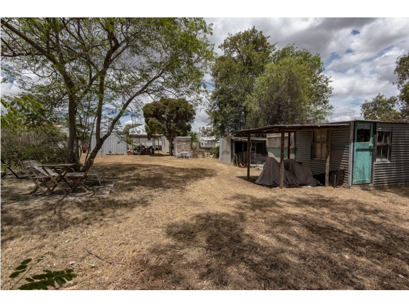 9 Hartwig Street, Goombungee QLD 4354