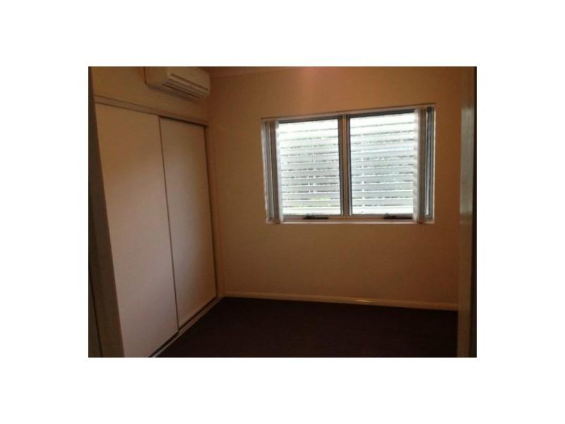 14 Le Grand Street, Macgregor QLD 4109