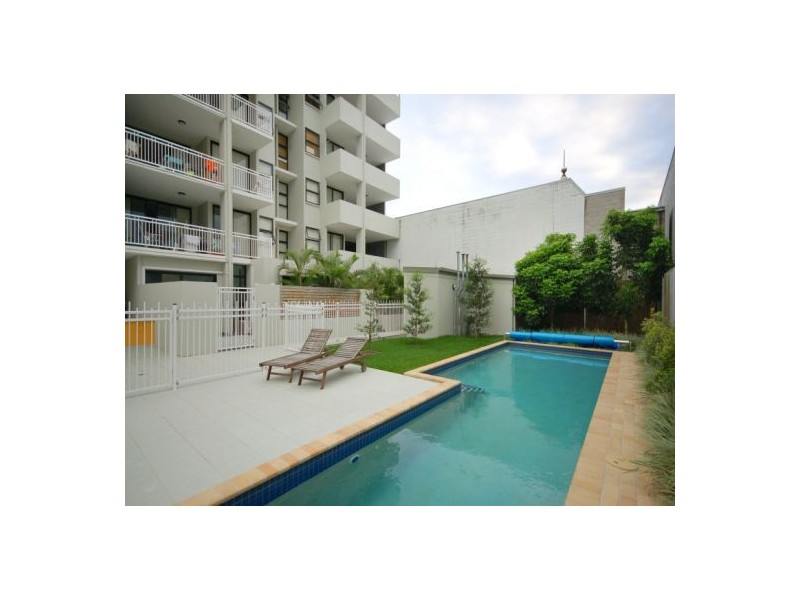 9/11 Manning Street, South Brisbane QLD 4101