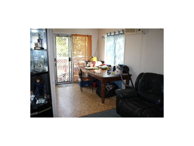 3 Peatey St, Andergrove QLD 4740