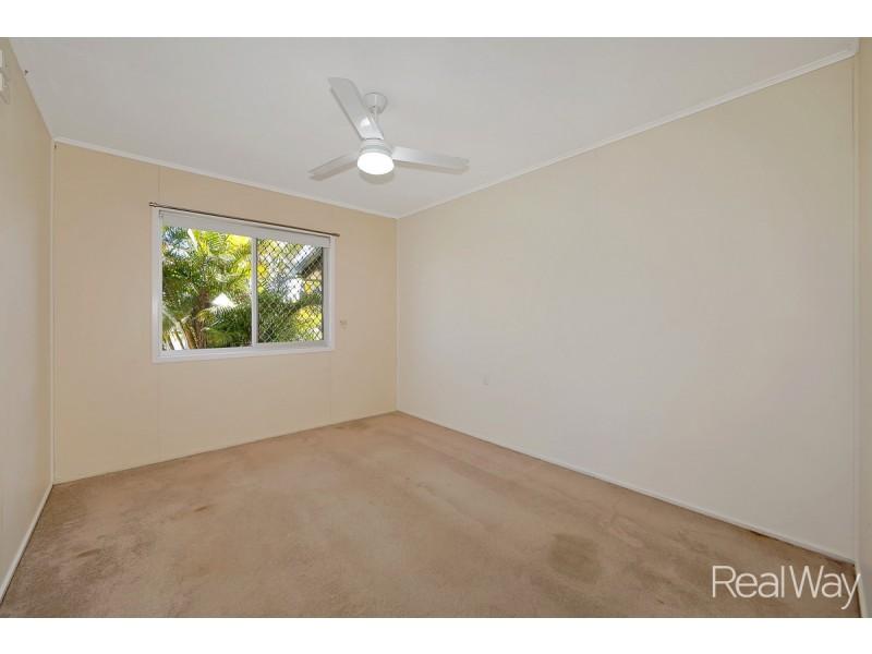 24 Fairymead Road, Bundaberg North QLD 4670