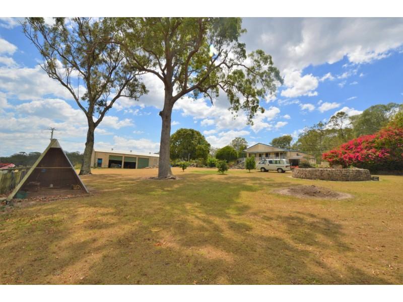 6 South Arm School Road, Woodford Island NSW 2463