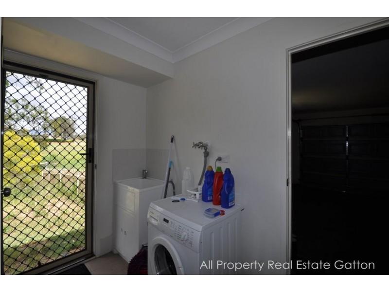 6 Boysen Court, Adare QLD 4343