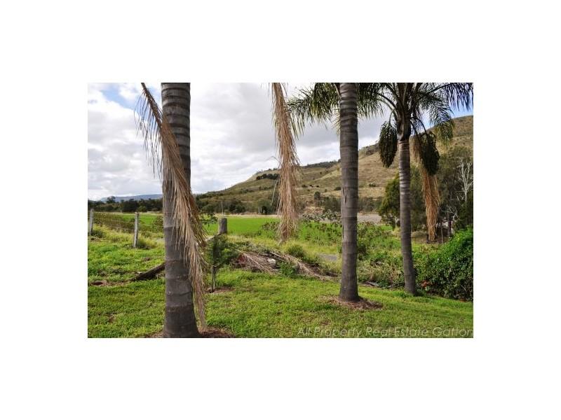 Mount Sylvia QLD 4343