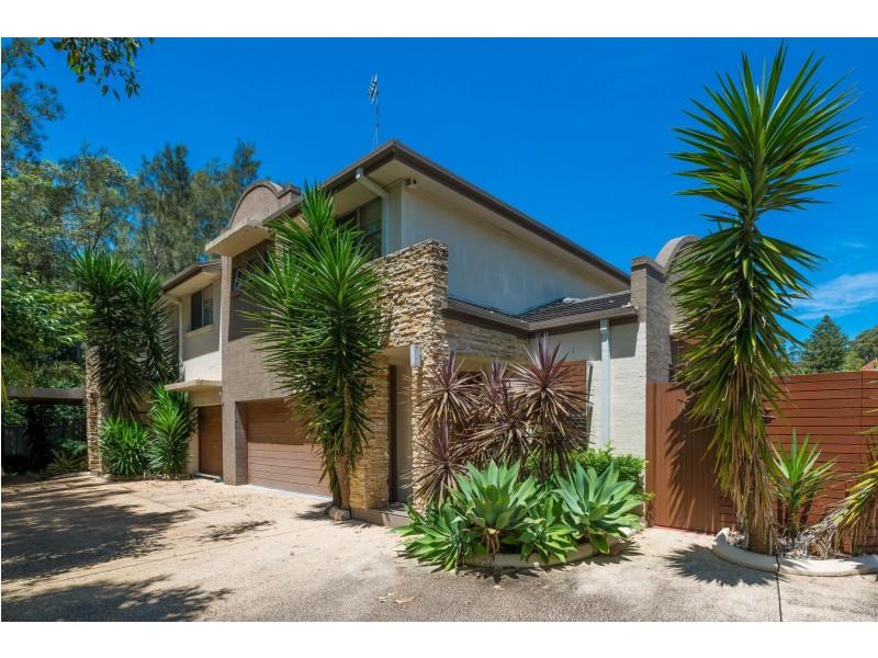 4/201 The Round Drive, Avoca Beach NSW 2251