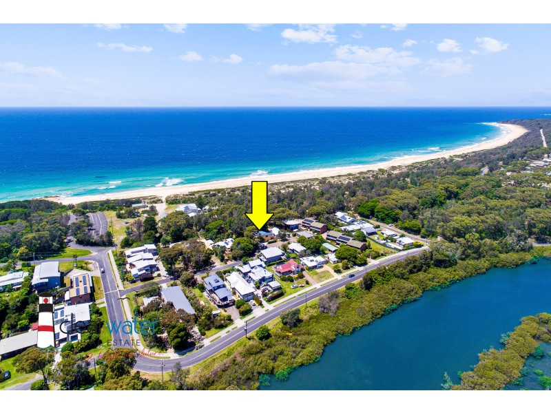 16 Constable St, Moruya Heads NSW 2537