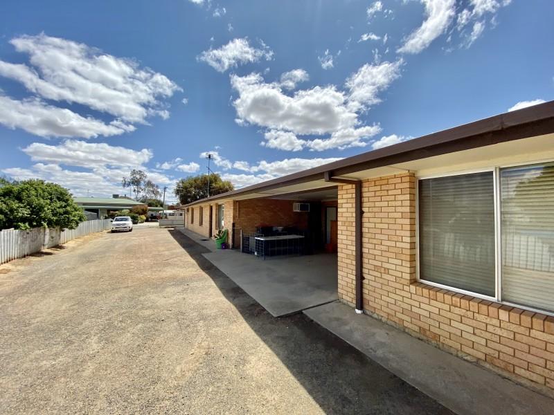 3/225 Maiden Lane, Hay NSW 2711