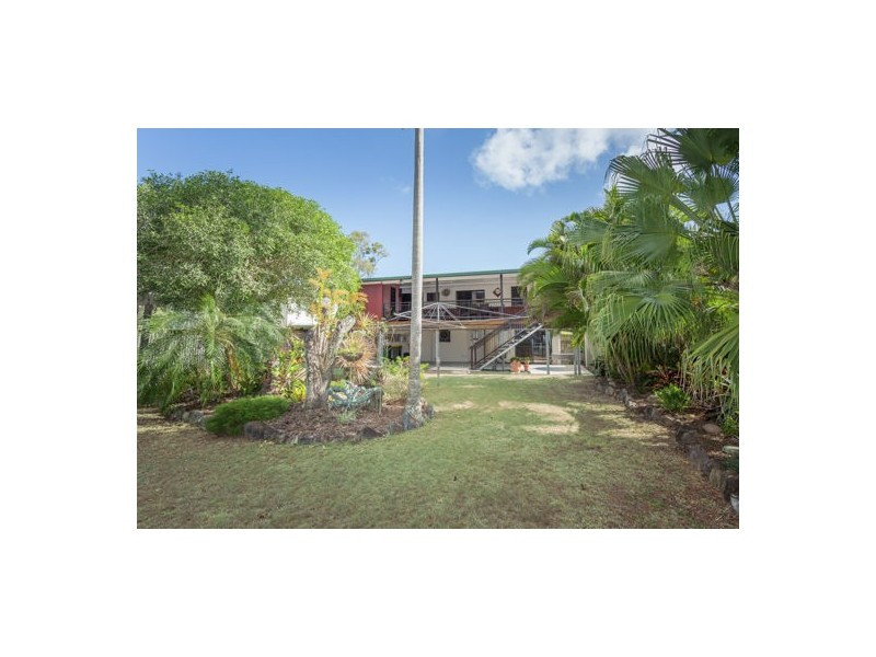 9 Quail Street, Slade Point QLD 4740
