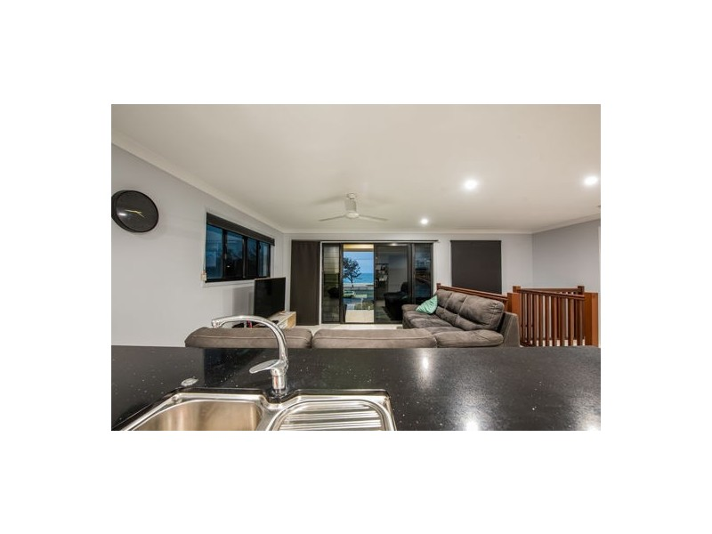 40B Pacific Esplanade, Slade Point QLD 4740