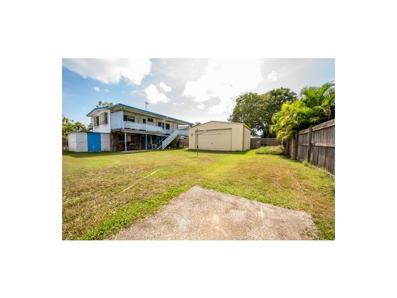 46 Mansfield Drive, Beaconsfield QLD 4740